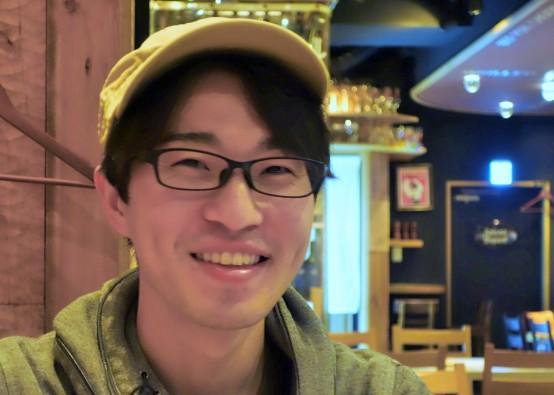 佐藤氏はビアジャーナリスト、ビアジャッジ、ビアソムリエそして、料理人と様々な顔をもっている