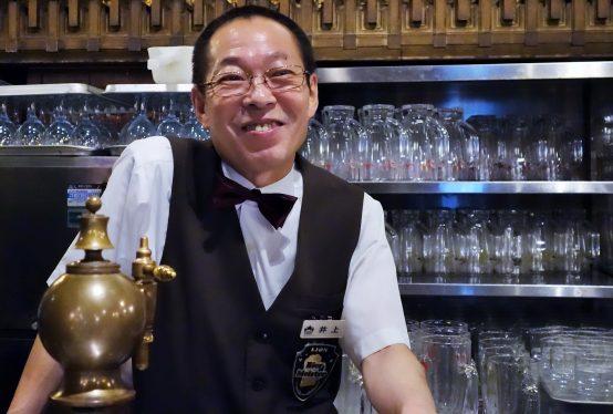 徹底した洗浄によって、私たちに美味しいビールが提供される。「こうした知識や技術を後進に伝えてくことがこれからの私の役目」と井上氏。