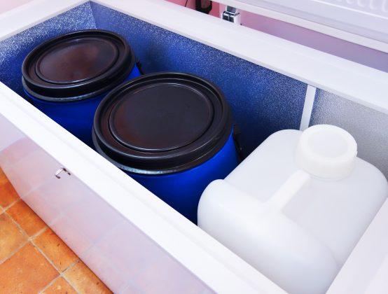 冷蔵設備を改造した熟成装置。温度管理もできるようになっている