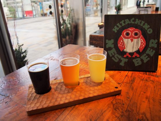『ティスティングセット(3種類)』。同社の看板ビール&女性でも飲みやすい「ホワイトエール」は固定で、残りの2種は日によって入れ替わる。