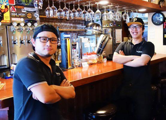 代表を務める池田氏(左)とセクションリーダーの森氏(右)。気さくな2人。自然と会話が盛り上がる!