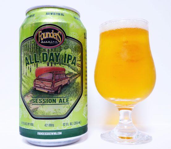 FoundersのフラッグシップであるALL DAY IPA。現在、人気のセッションIPAの先駆けとなったビール。その名前の通り、1日中飲んでいられる香りが華やかながら味わいはバランスの取れたビール