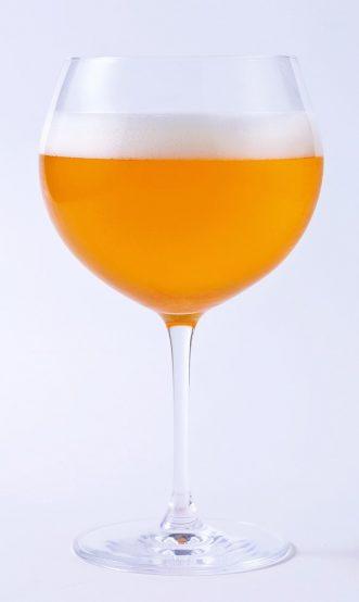 Craft Label SECRET TAP~銀座コレクション~ 第4弾はBarbe Rouge Berry IPA。日本ではあまり馴染みのないフランス産ホップを使用している。どんなビールなのかは実際に飲んでみて感じてほしい