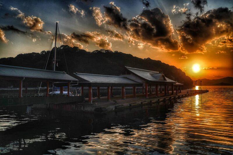 大三島 宮浦港の夕景