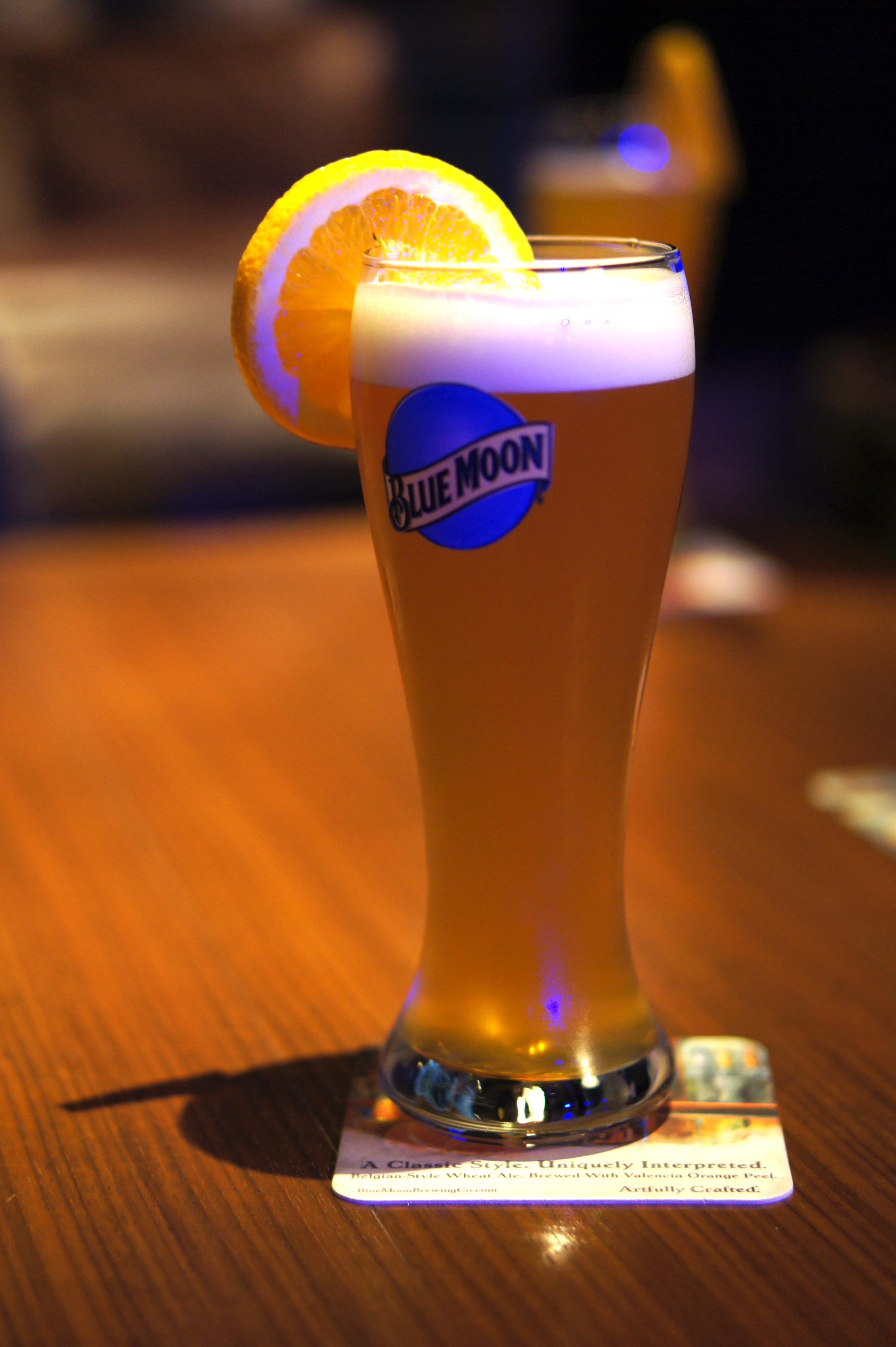 ムーン 酒 ブルー