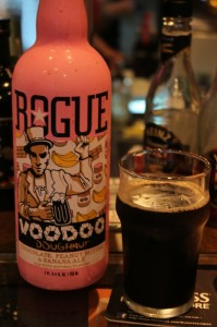 VOODOO DOUGHNUT Chocolate&Peanut Butter&Banana ALE